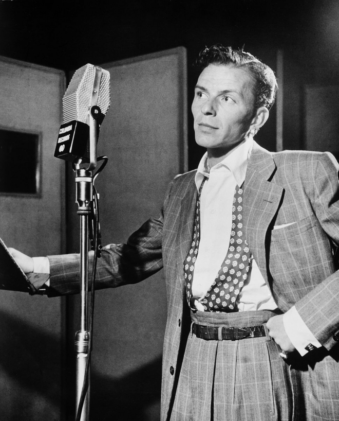 Frank Sinatra Weight Height Ethnicity Hair Color Eye Color