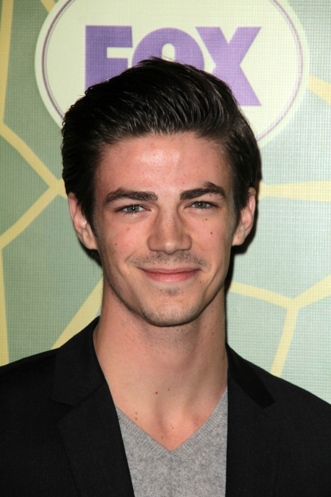 Grant Gustin Weight Height Ethnicity Hair Color Eye Color Lindsay Lohan Net Worth