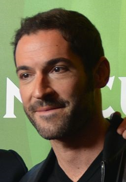 Tom Ellis Stats - Height Weight Eye Eye Color Birthday ...