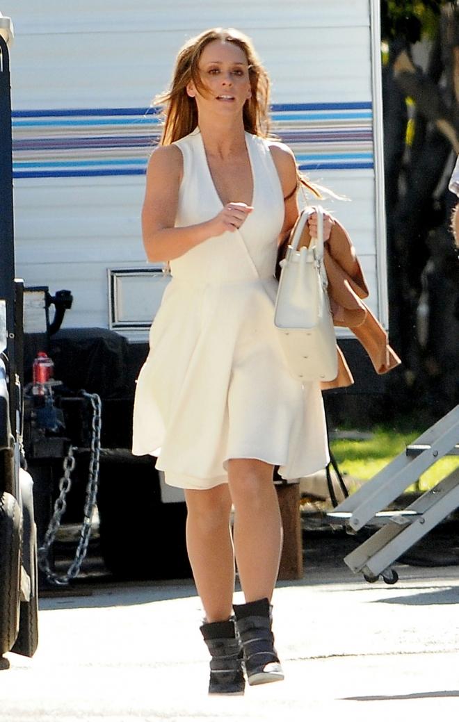 Jennifer Love Hewitt Measurements Bra Size Weight Net Worth Ed Westwick Dating