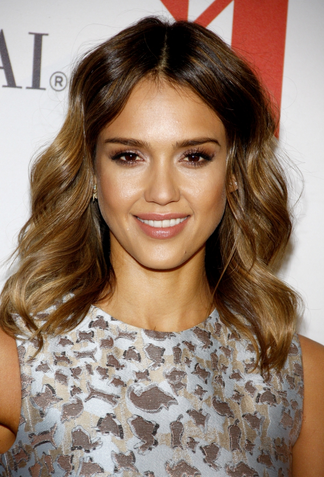 Jessica Alba Ethnicity Weight Height Net Worth Measurements-7678