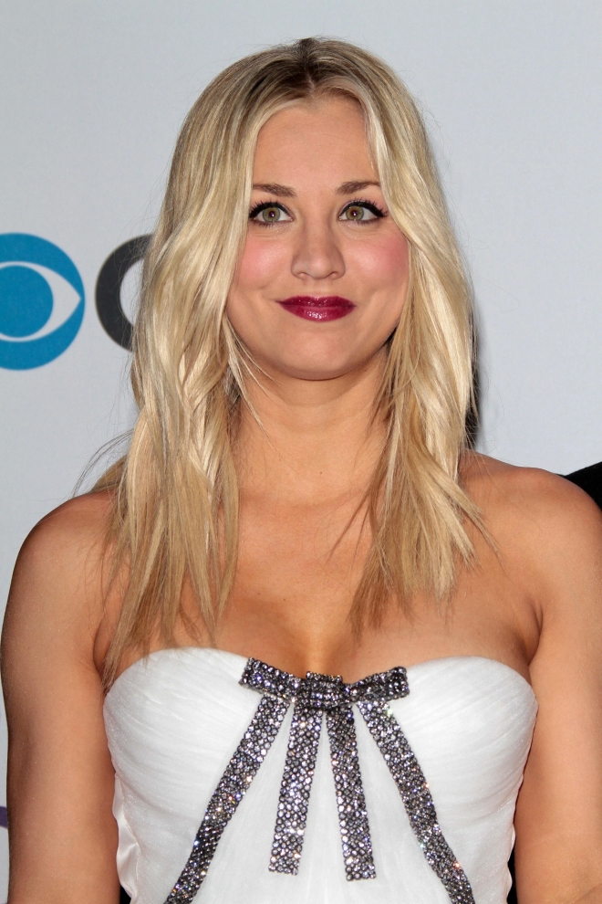 Kaley Cuoco Breast Size