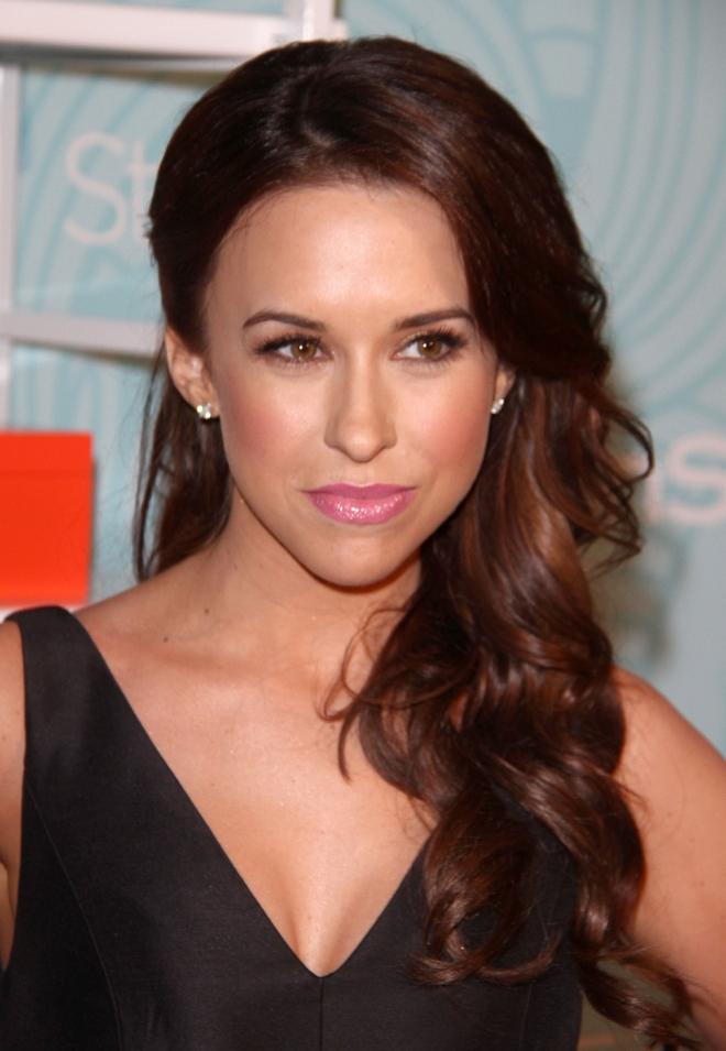 Lacey Chabert Weight H... Ed Westwick
