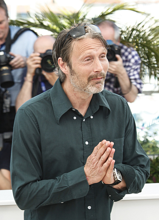 Mads Mikkelsen Weight Height Ethnicity Eye Color Hair Color