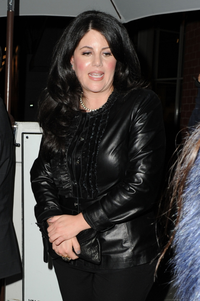 who is monica lewinsky Monica lewinsky married monica lewinsky net worth is $500 thousand monica lewinsky is a former white house intern who has an estimated net worth of $500 thousand monica lewinsky first achieve notoriety after having a very public scandal involving former president bill cli.