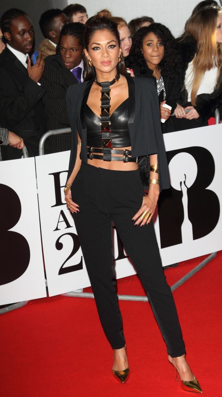 Nicole Scherzinger Wei... Anna Kendrick Net Worth