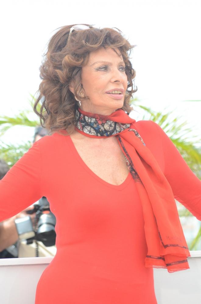 Sophia Loren Measurements Net Worth Weight Height Bra Size