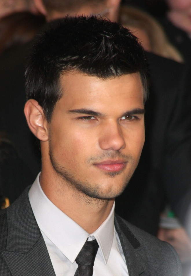 Taylor Lautner Net Worth Weight Height Ethnicity
