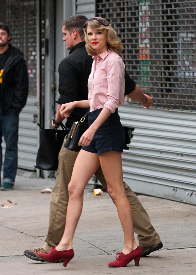 Taylor Swift Measurements