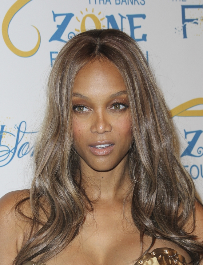 tyra banks weight height measurements bra size ethnicity