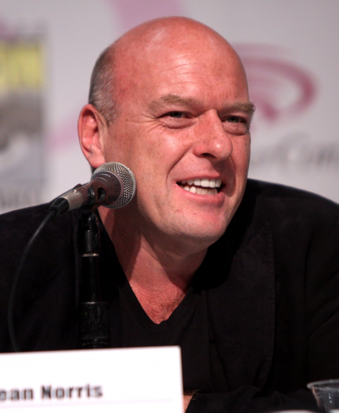 Dean Norris Weight Height Ethnicity Hair Color Education
