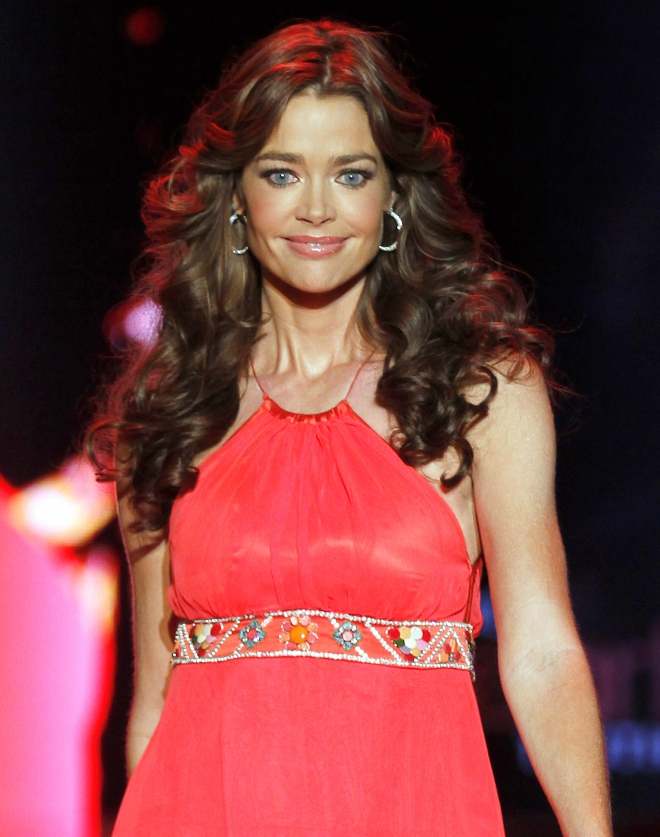 Denise Richards Weight Height Measurements Bra Size Ethnicity-6443