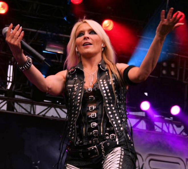 Doro Pesch Weight Height Ethnicity Hair Color Shoe Size