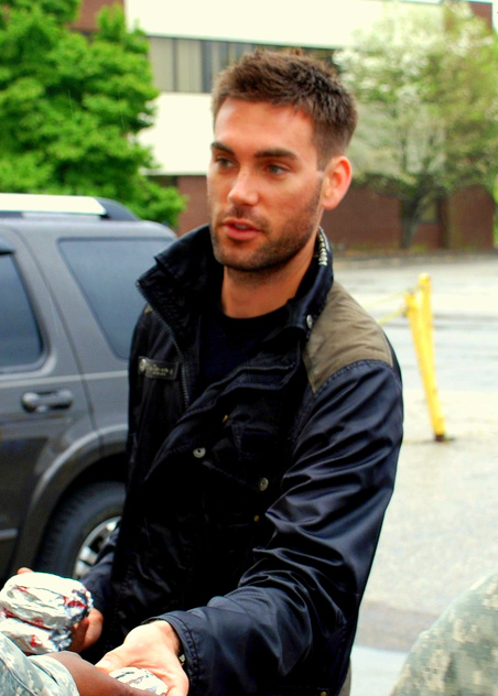 Drew Fuller Weight Height Ethnicity Hair Color Eye Color