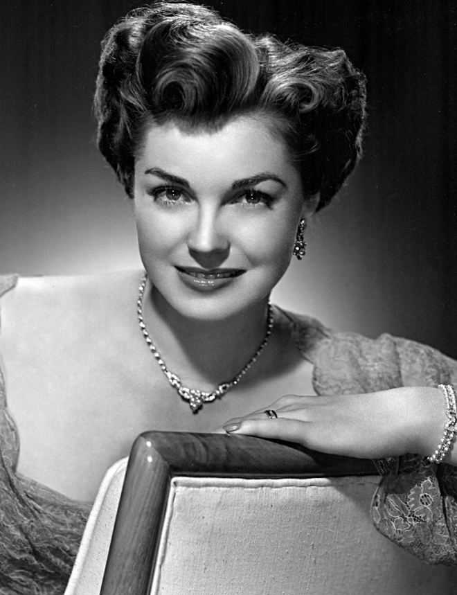 Esther Williams Weight Height Measurements Bra Size Ethnicity