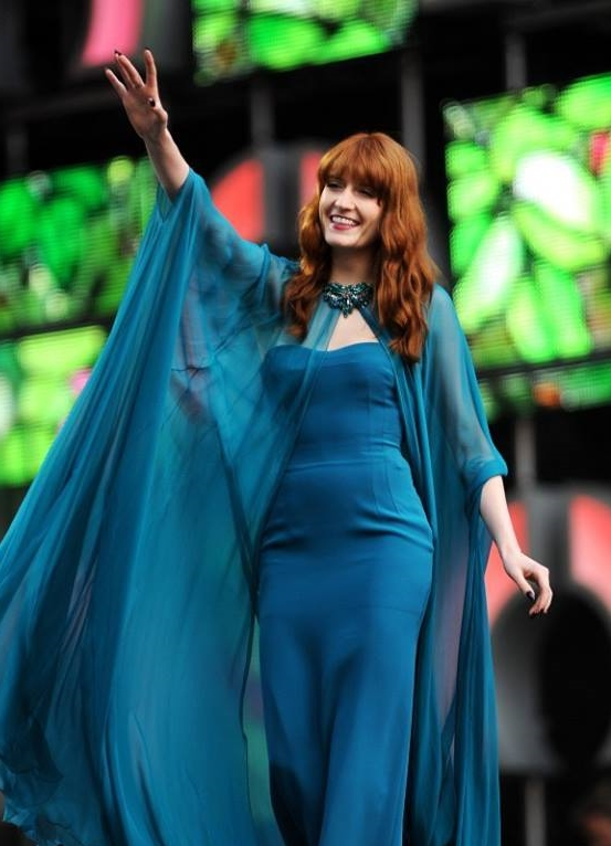 florence welch weight height ethnicity hair color shoe size