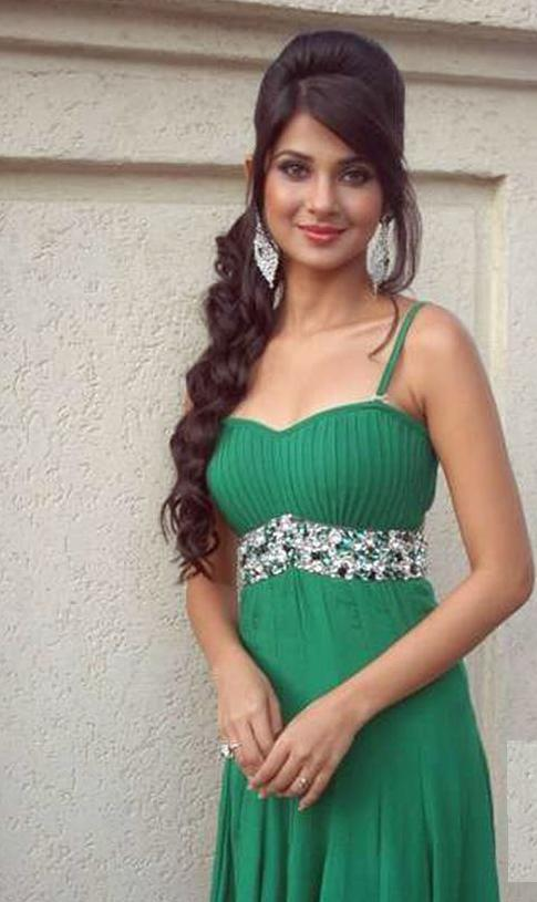 Jennifer Winget Weight Height Measurements Bra Size Ethnicity
