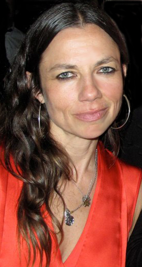 Justine Bateman Weight Height Ethnicity Hair Color Eye Color-8083