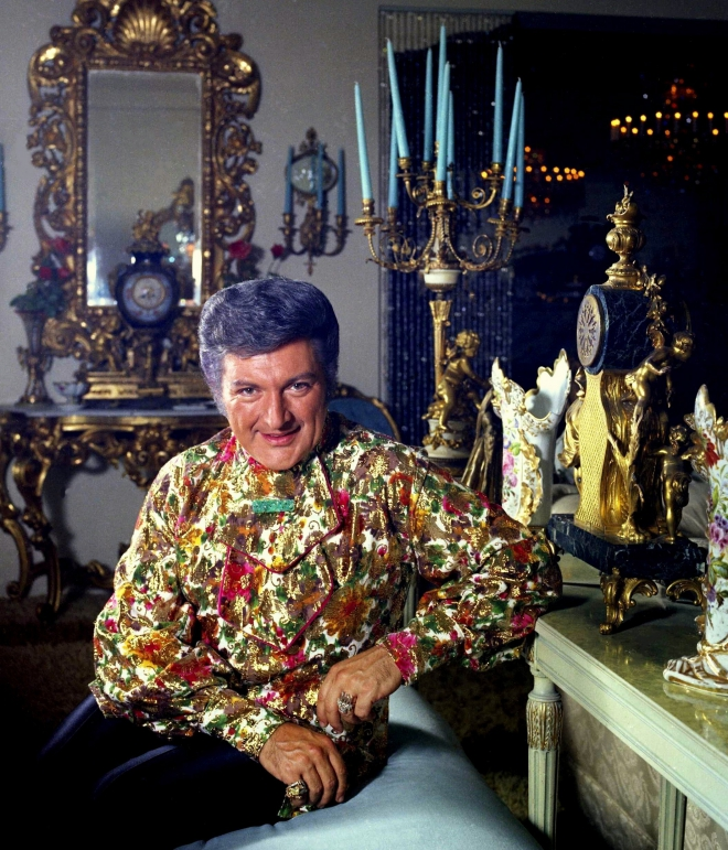 Liberace Weight Height Ethnicity Hair Color Eye Color