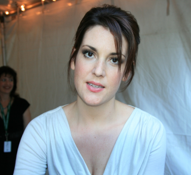 Melanie Lynskey Weight Height Ethnicity Hair Color Shoe Size