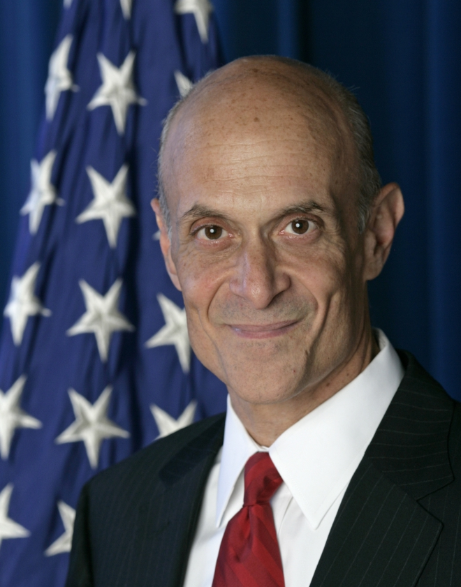 Michael Chertoff Weight Height Ethnicity Hair Color Education