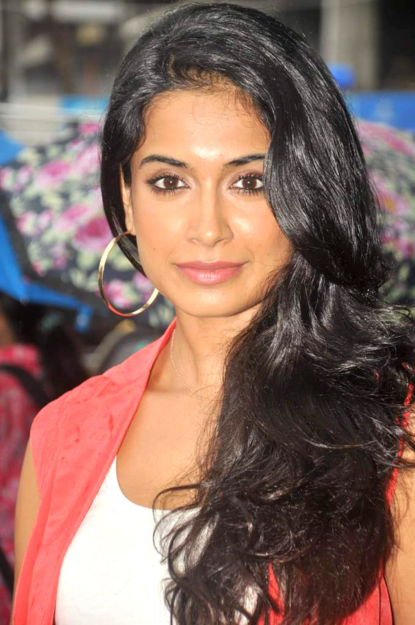 Sarah-Jane Dias couple