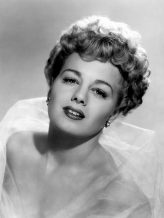 Shelley winters weight height measurements bra size ethnicity