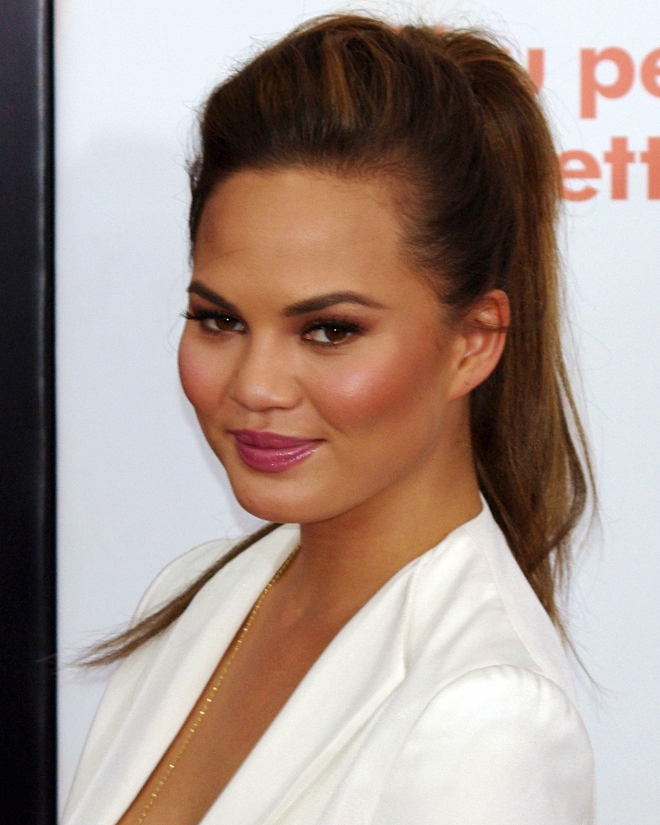 teigen personals That's what happened to john legend and chrissy teigen as the couple was  leaving the gq awards, wednesday night, they started kissing in.