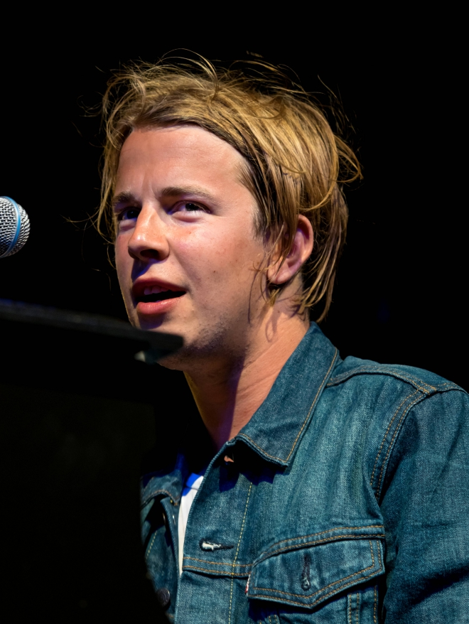 tom odell weight height