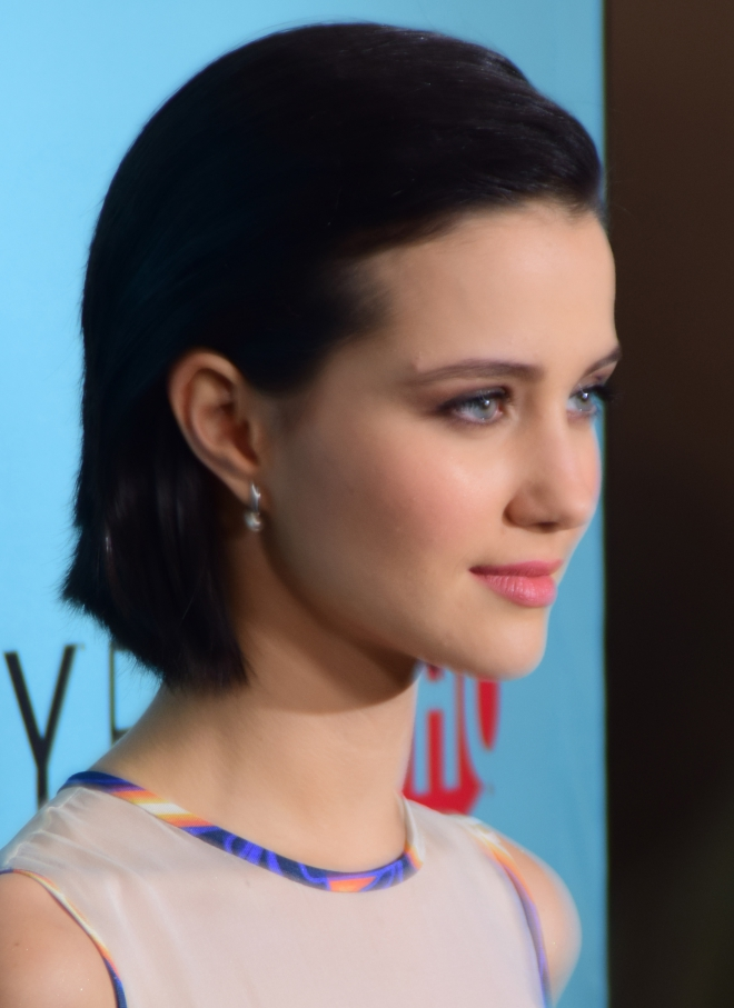 Julia Goldani Telles Weight Height Ethnicity Hair Color ... Ed Westwick