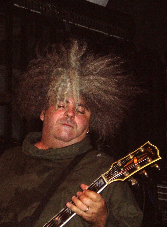 Buzz Osborne Weight Height Hair Color Eye Color Body Stats