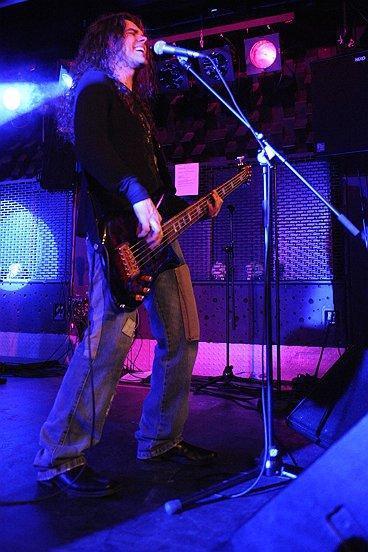 Matt McKenna (bassist)