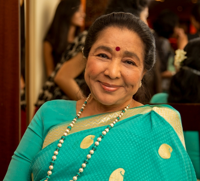 Asha Bhosle Weight Height Hair Color Eye Color Body Stats