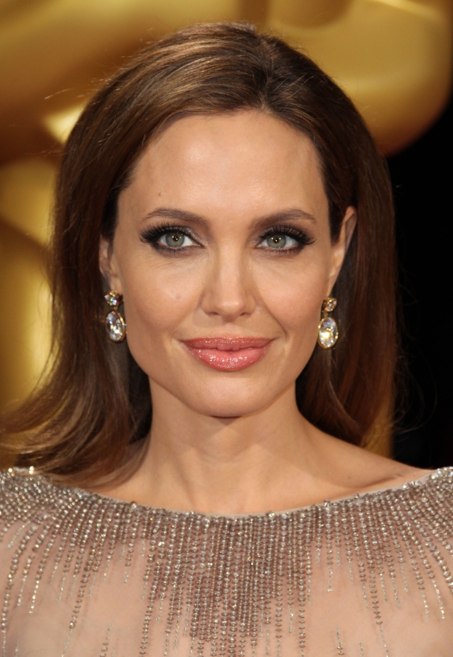 Angelina Jolie Dating