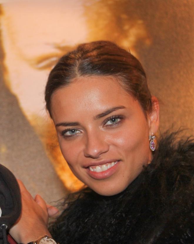 Adriana Lima Dating