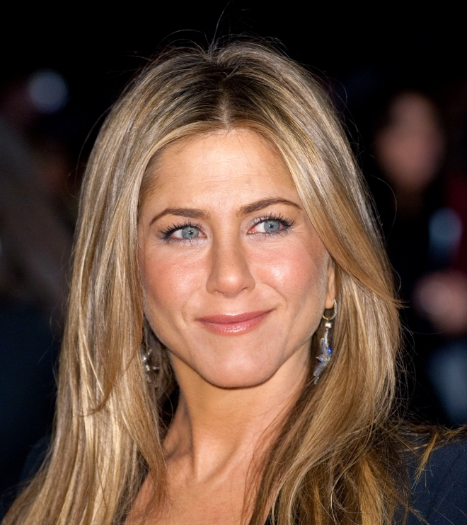 Jennifer aniston dating who