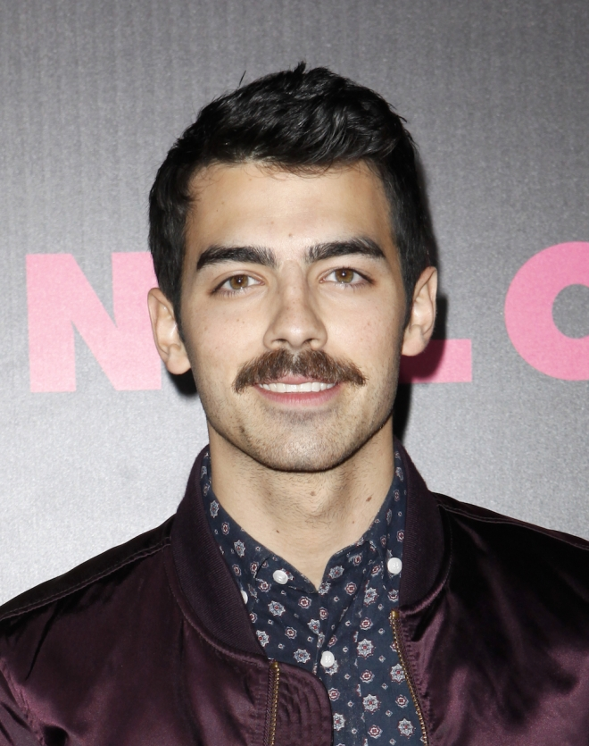 who joe jonas dating now Sophie turner and joe jonas are engaged turner and jonas, 28, have been dating since at least december 2016 subscribe now.