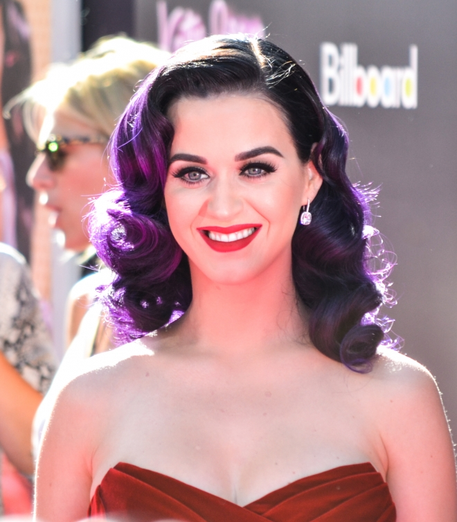 Katy Perry Boyfriend, Dating History, Relationships