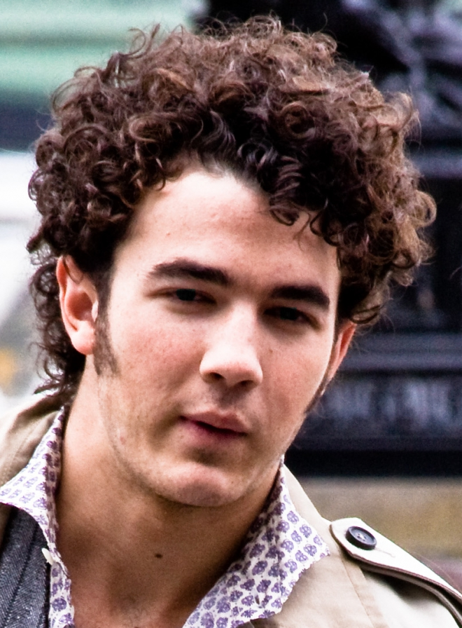 kevin jonas dating list ♥♥♥ link:   s genres , instruments vocals, guitar, mandolin years active 2005—present labels , , , associated acts paul kevin jonas ii born november 5, 1987 is an american musician, actor, , and entrepreneur.