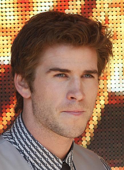 Liam Hemsworth Dating