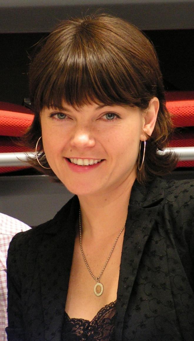 Nicole de Boer Dating