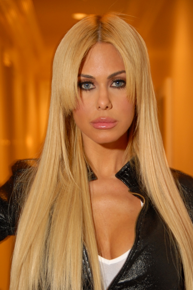 Shauna Sand Dating