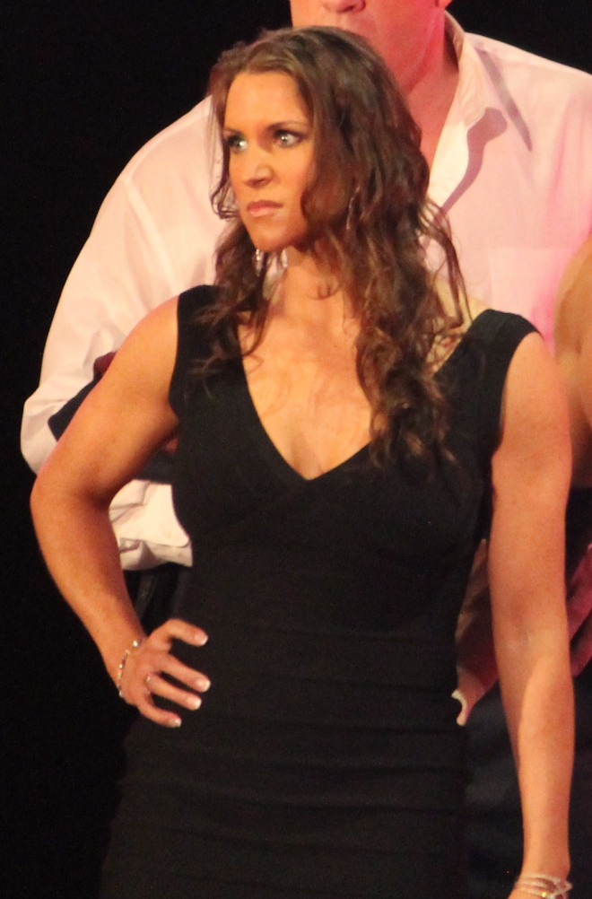 Stephanie McMahon Dating