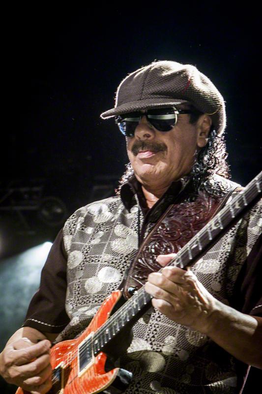Carlos Santana Dating