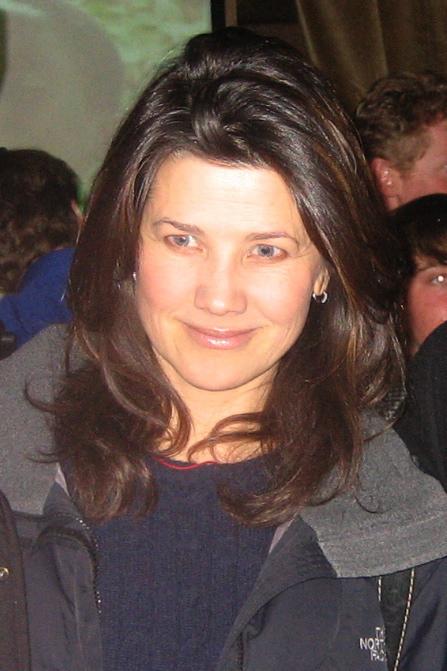 Daphne Zuniga Dating