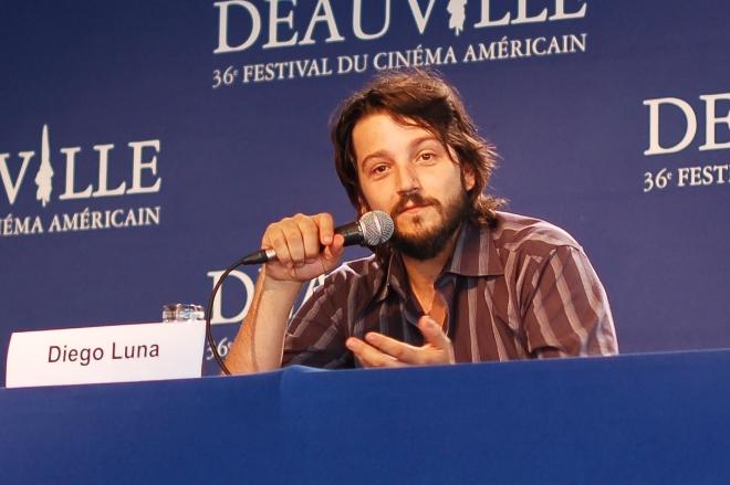 Diego luna dating history