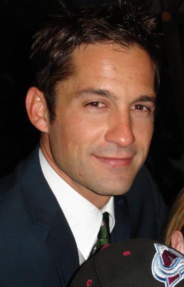 Enrique Murciano Dating