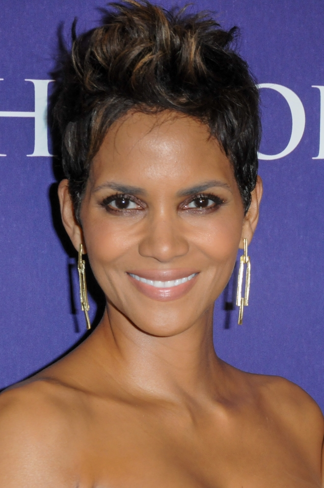Halle Berry Dating