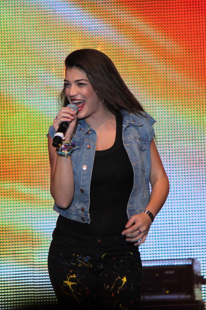 Ivi Adamou Dating